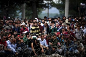 Huge influx of men of fighting age held back at the Macedonian border