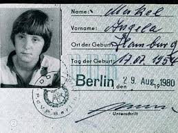 """Was machte Angela Merkeldort?"""