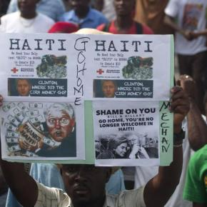 "It PAYS to be ""friends"" of Bill…Emails Expose Clinton ""Pay to Play"" Scam in Haiti (Video)"