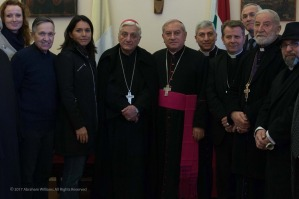 tulsi-gabbard-with-syrian-religious-leaders