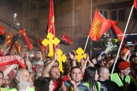 Macedonian protests against tirana platform 3