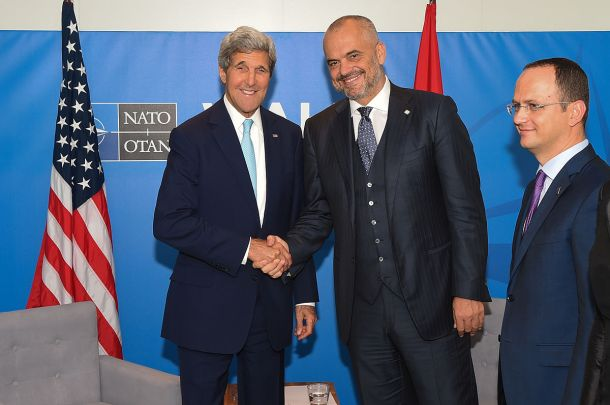 _Kerry_Shakes_Hands_With_Albanian_Prime_Minister_Rama_Before_Bilateral_Meeting_at_NATO_Summit_in_Wales_(14961134157)