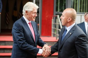Kosovo Hardinaj welcomes Clinton