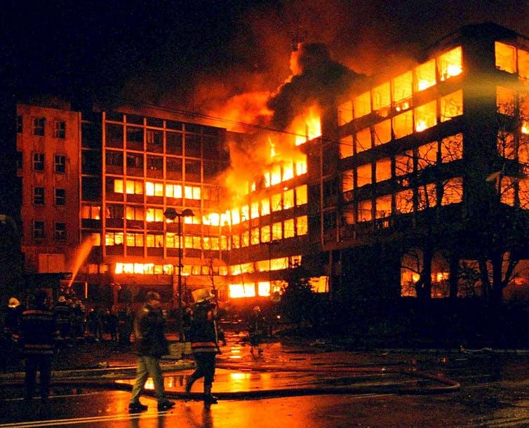NATO bombing serbia - kosovo