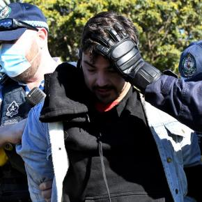 Australia goes full FASCIST…military on the streets (going door-to-door), proof of  injection REQUIRED to enter stores, HUGE FINES for promoting protestsonline
