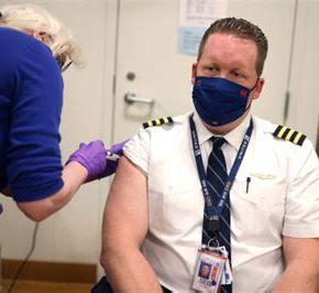 Airline Pilots File Suit Against UNITED AIRLINES, Seek Vaxx Restraining Order, Halt To Mandate | Stew PetersShow